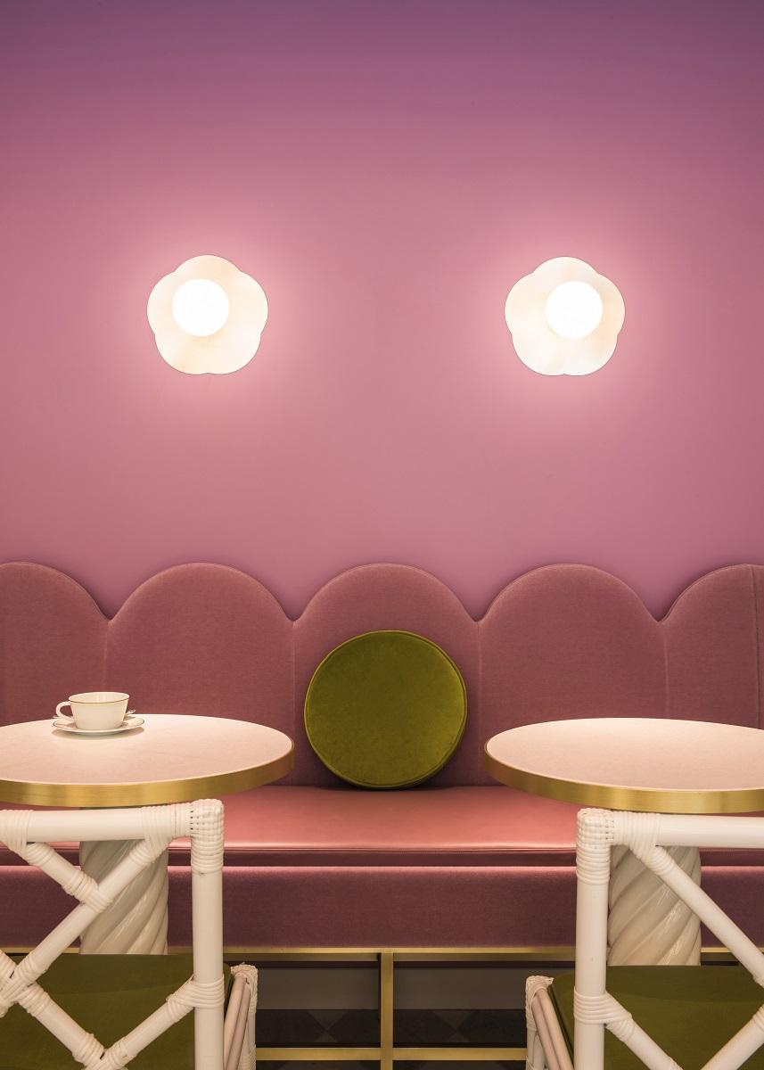 kawaii-interior-design-Laduree-Tokyo_phGorta Yuuki_1