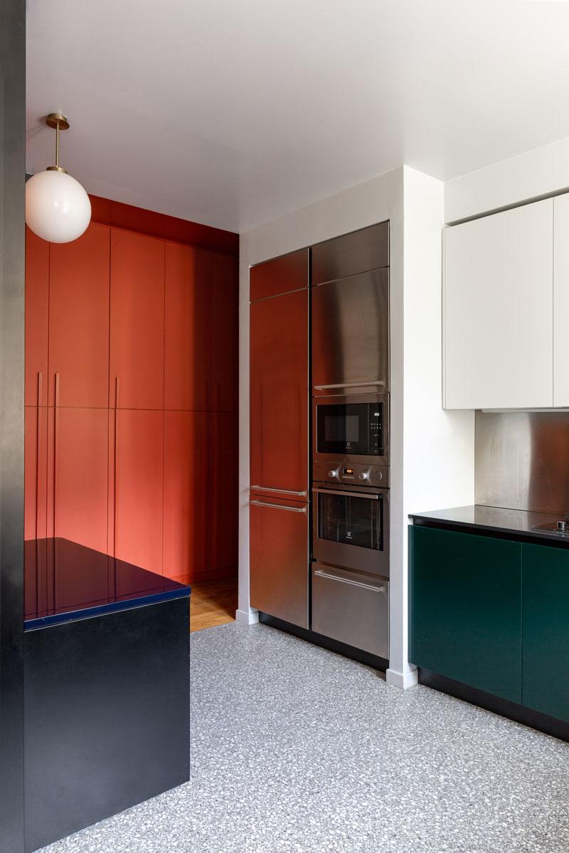kickoffice-casa-cb-livingroom-kitchen-filter-bespoke-color-glass-mariottifulget-venetacucine