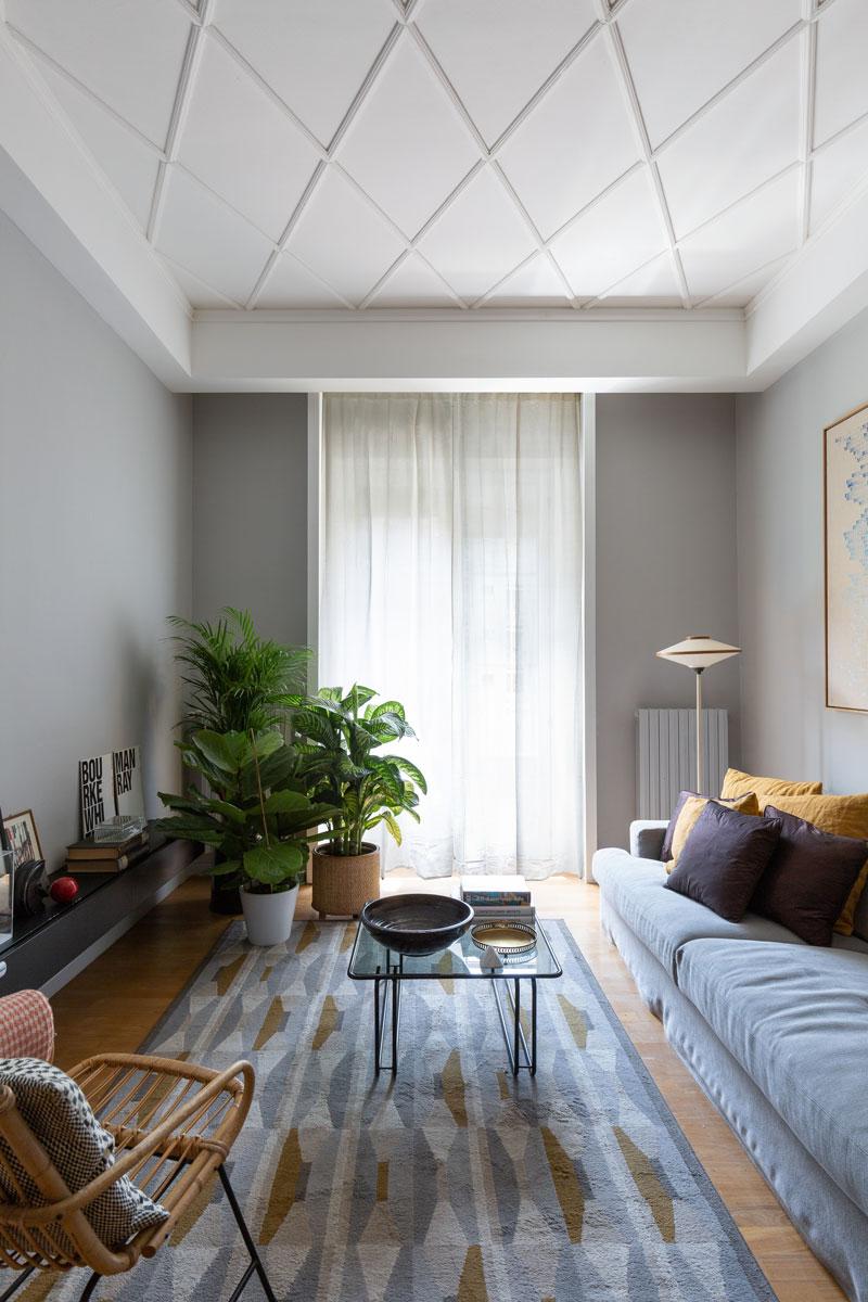 A Milano, una casa anni '30 si rinnova con colori e nuove geometrie - Foto