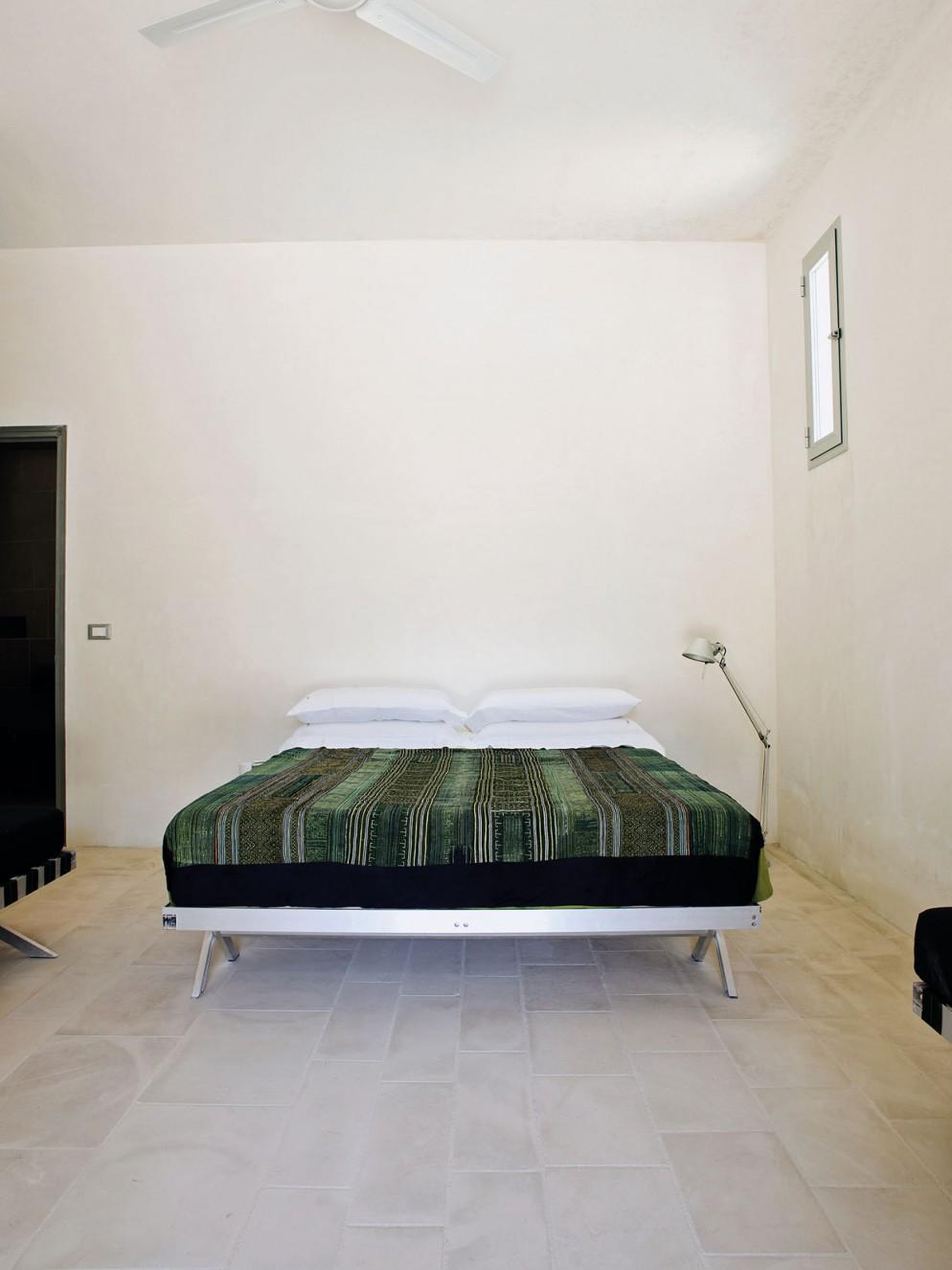 massimiliano-locatelli-casa-puglia-indirizzo-dove-dormire-08