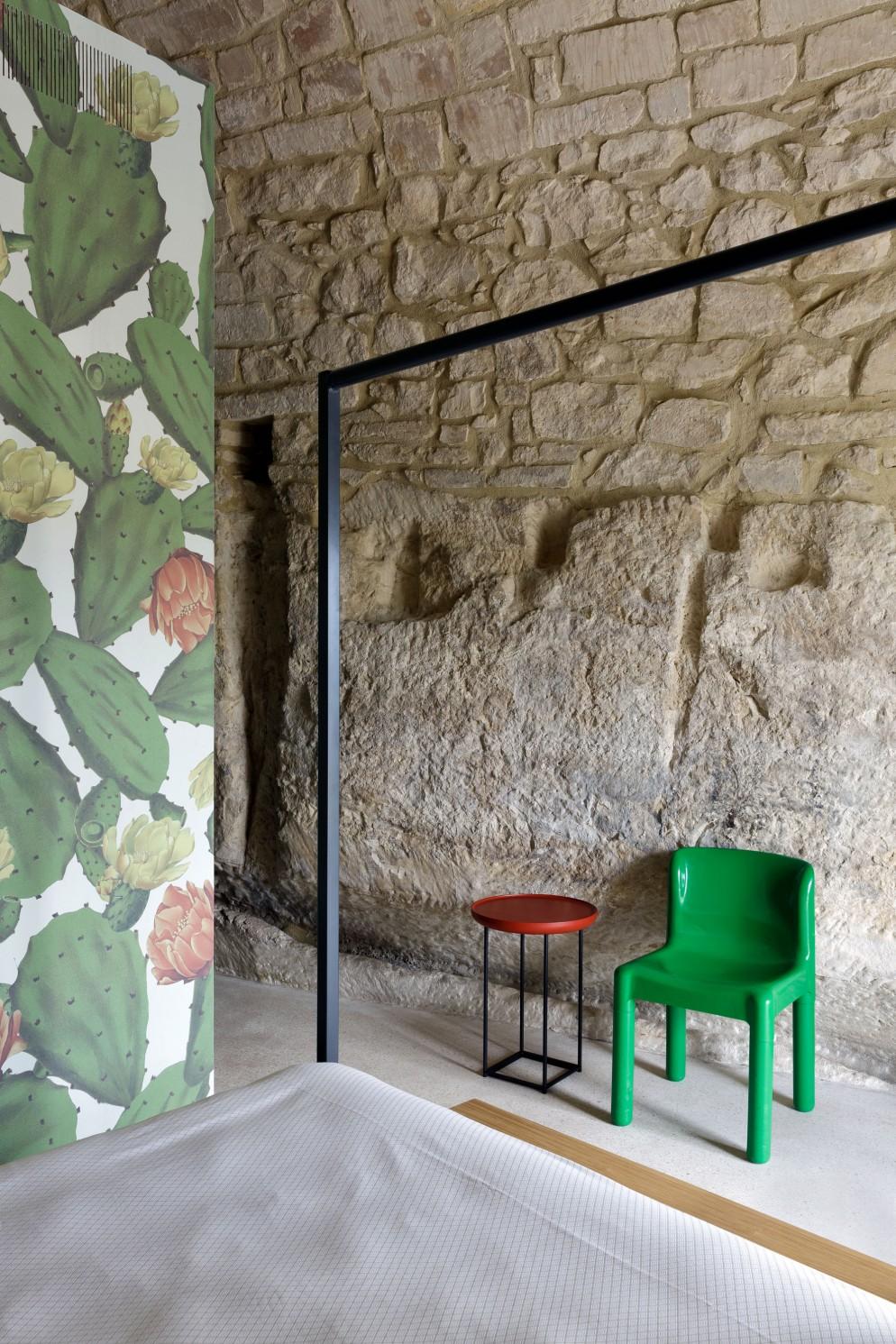 pareti-in-pietra-idee-ragusa-casa-santa-maria-living-corriere-02