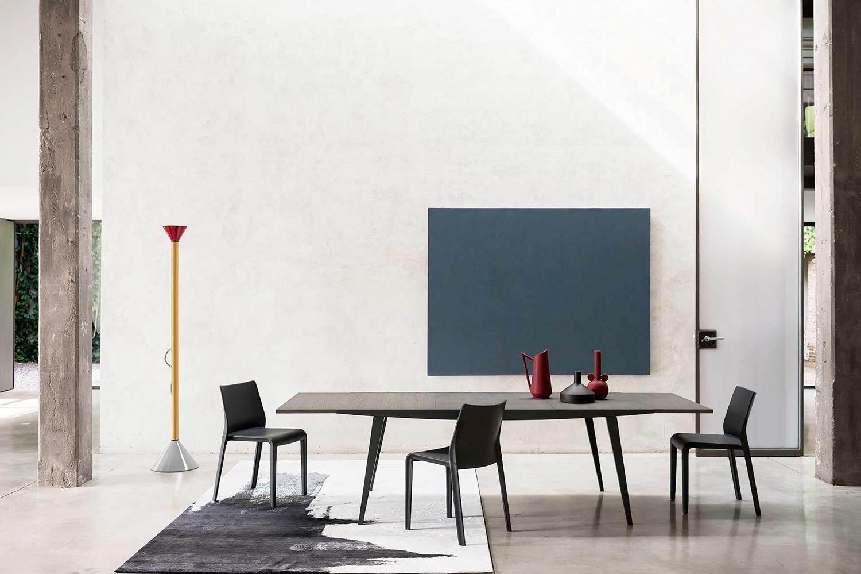tavoli-soggiorno-design-2021-DESALTO_20HR_02TA_A_FOUR003-livingcorriere