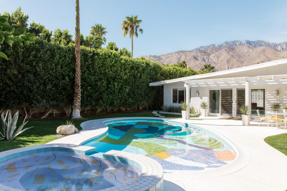 02 AlexProba_PalmSpringsPool-ph Madeline Tolle