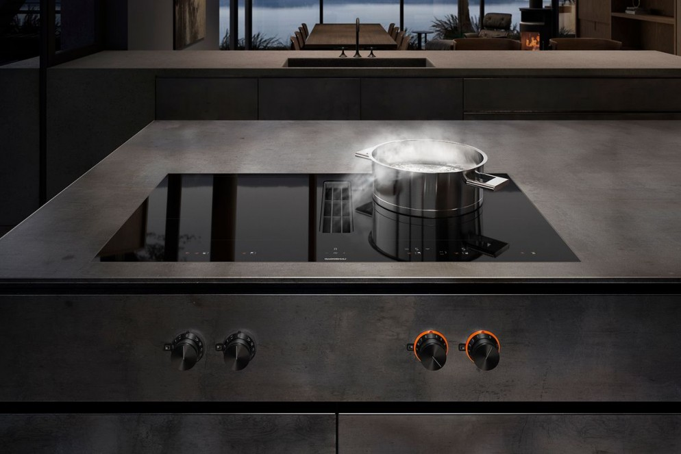 07 Bonus Elettrodomestici 2021_Gaggenau_flex_induction_cooktop_with_integrated_ventilation_system_72dpi