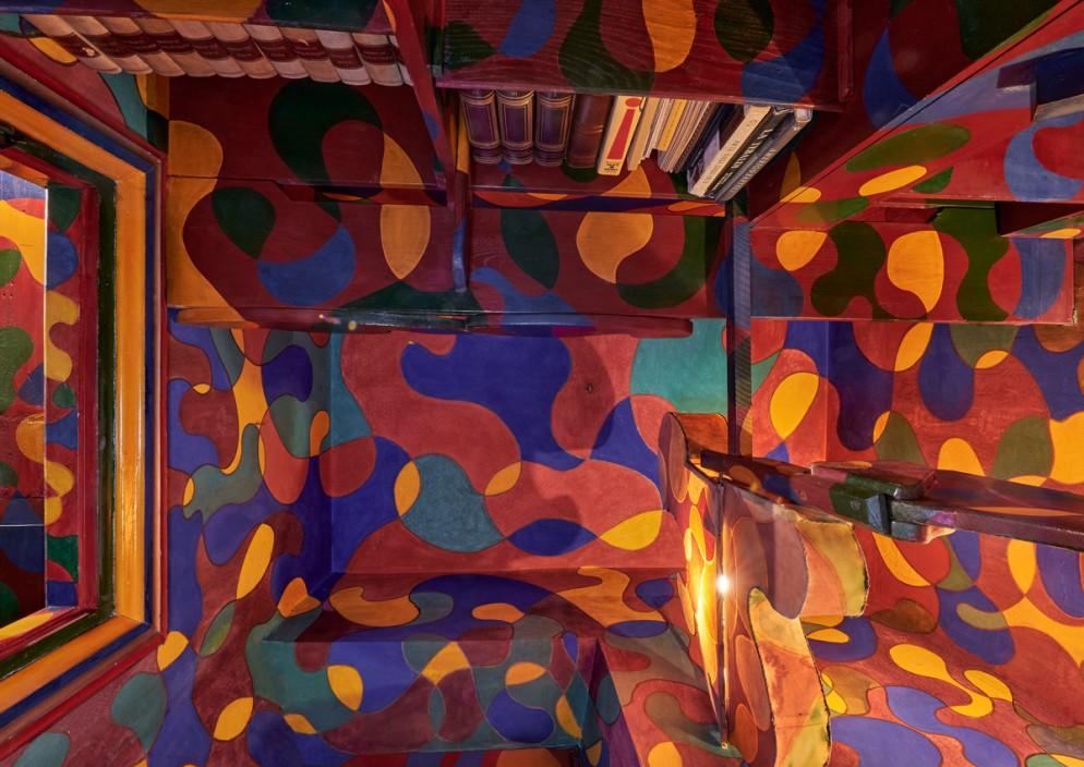13_MAXXI_CASABALLA_Studiolo rosso dettaglio_Foto M3Studio