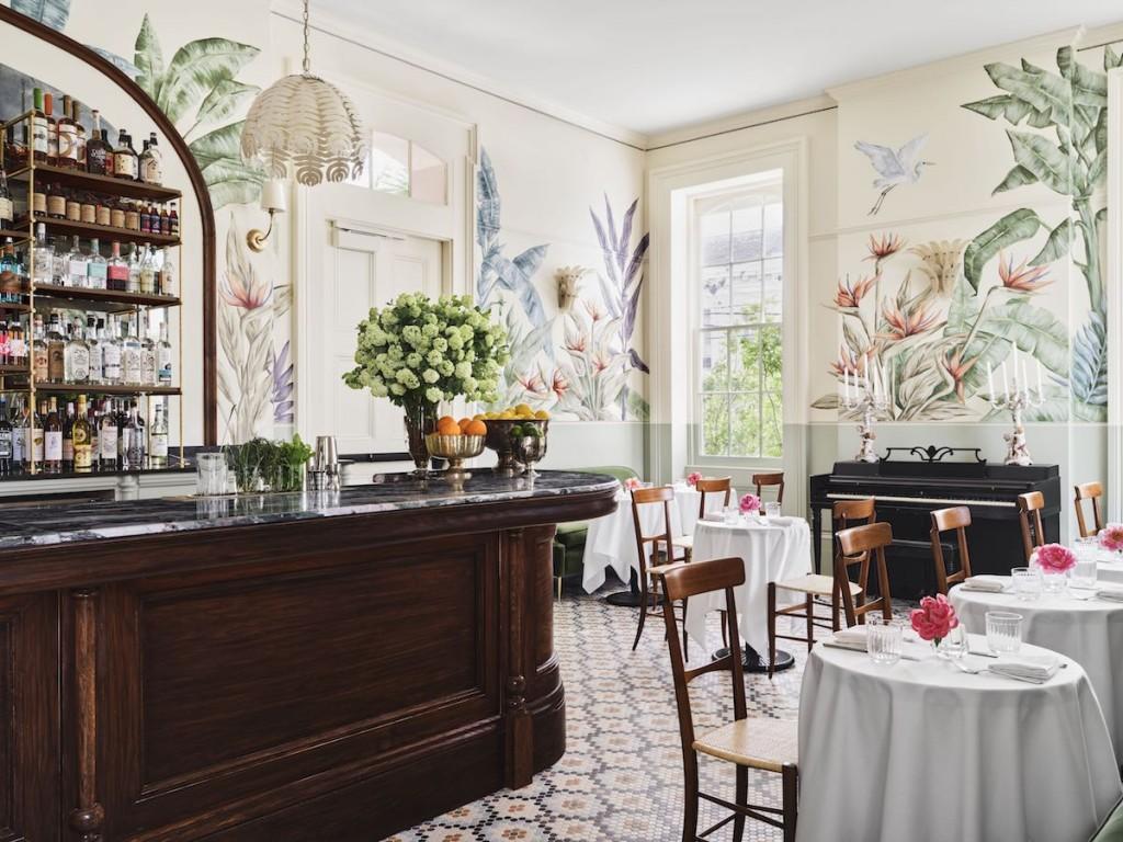 Hotel Saint Vincent - Paradise Lounge - by Douglas Friedman