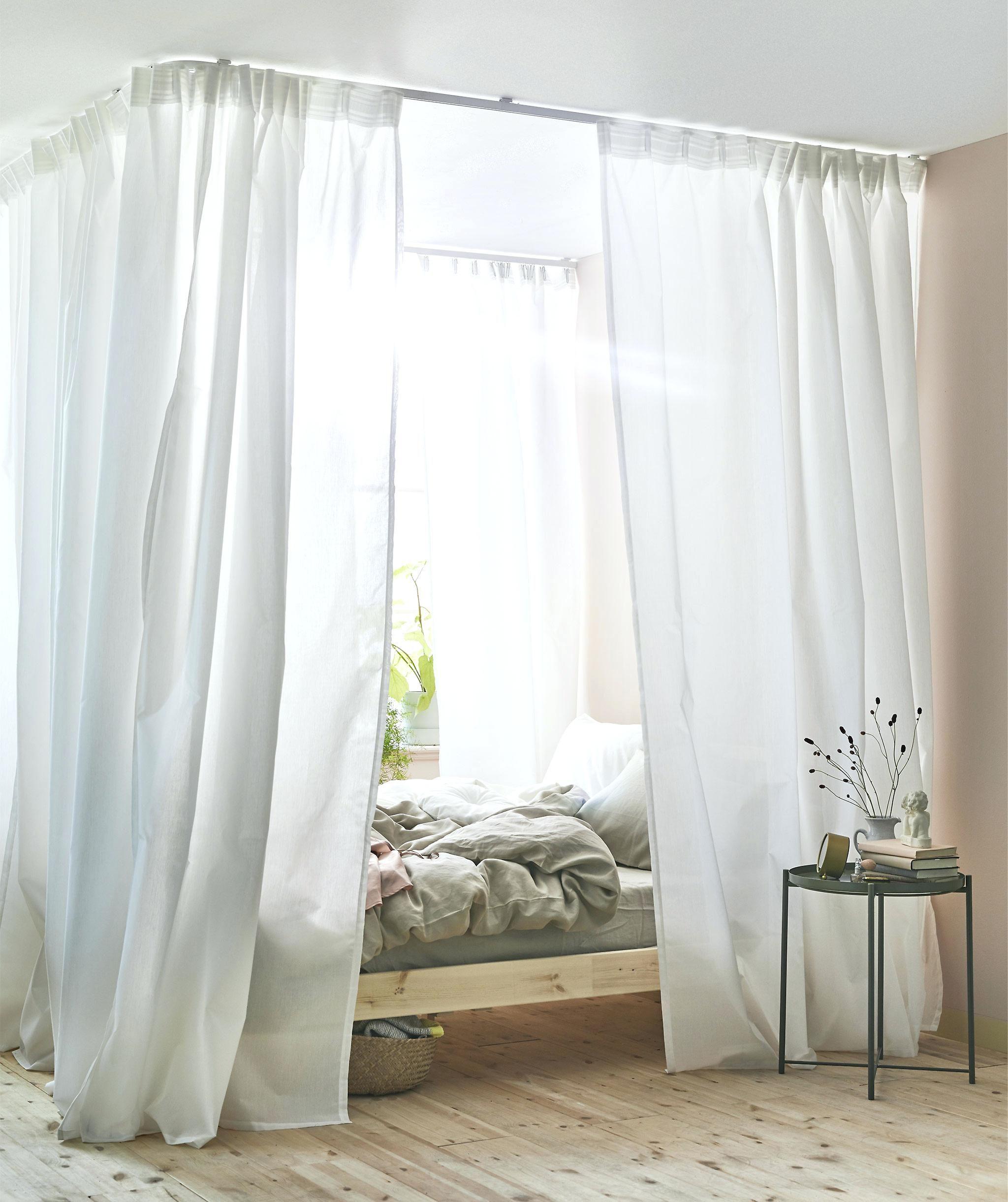 Camera da letto vintage: il baldacchino secondo IKEA
