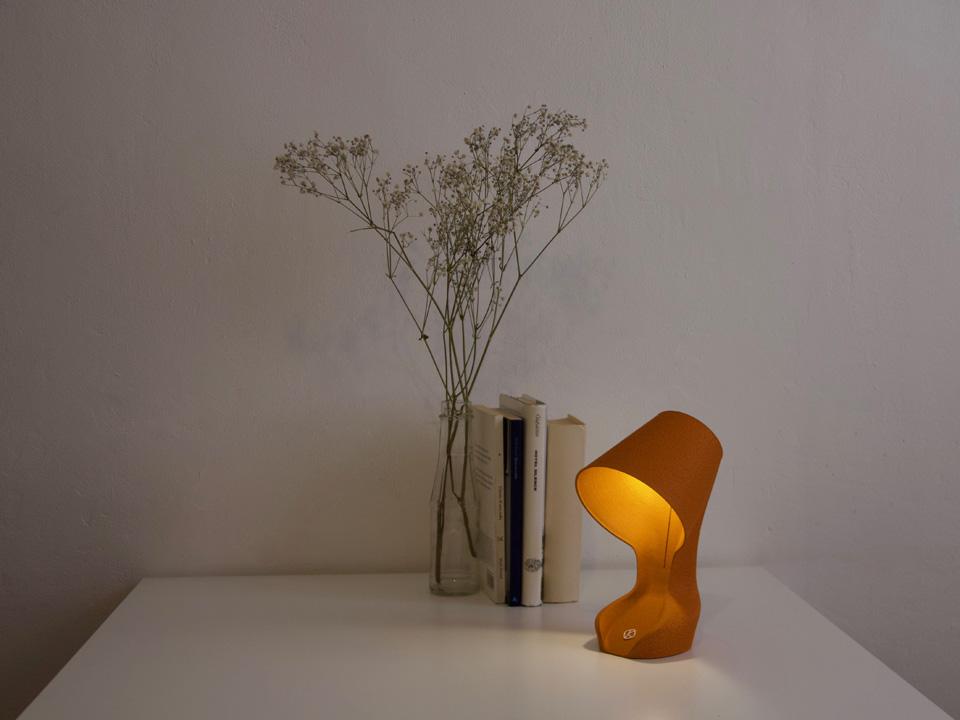 01 Ohmie The Orange Lamp