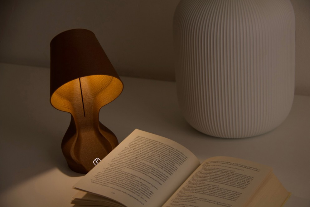 05 Ohmie The Orange Lamp