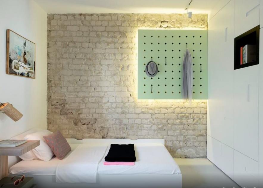 11-idee-arredare-camera-da-letto-living-corriere