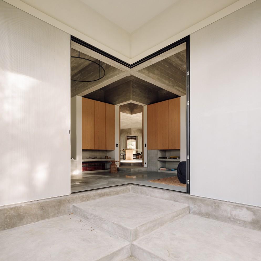 13 casa-meco_living-corriere
