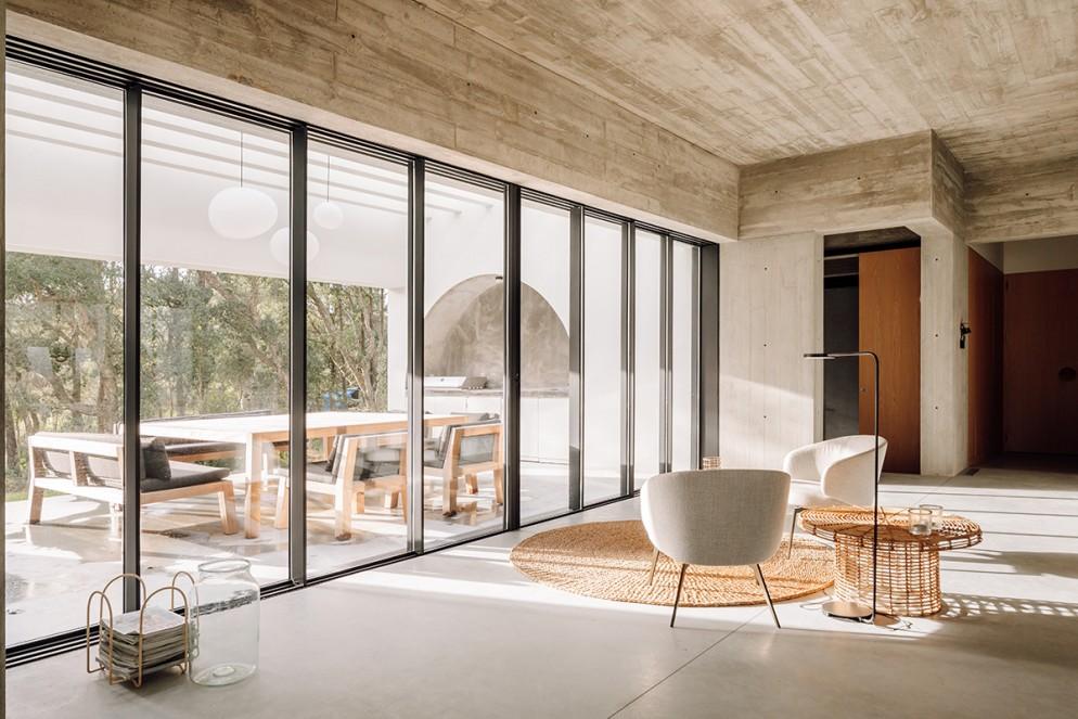 15 casa-meco_living-corriere