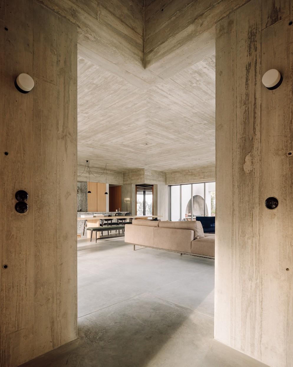 16 casa-meco_living-corriere