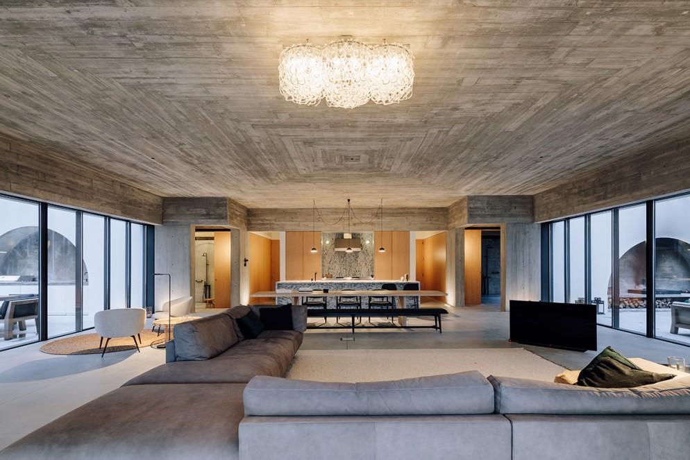 22 casa-meco_living-corriere