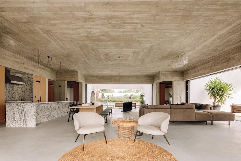 9 casa-meco_living-corriere