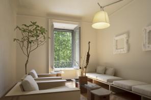 Low budget, dettagli d'epoca e creatività: cinque appartamenti per studenti a Milano