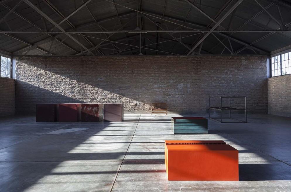 Uno degli edifici a Marfa-Southwest Studio-Foto Elizabeth Felicella Esto © Judd Foundation