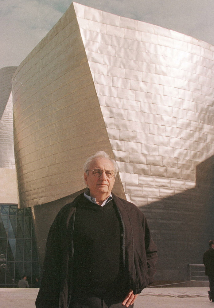 US Architect Frank O. Gehry poses in front the Gug