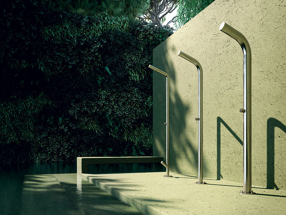 12-web-outdoor-indoor-showers