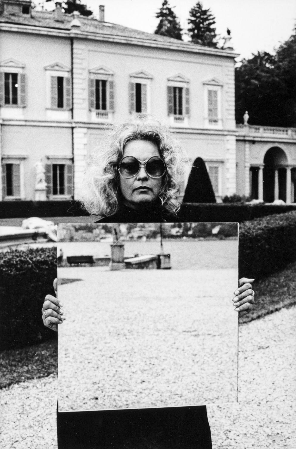9. Spazio, suono, immagine, Tautologia di immagine, Nanda Vigo, 1979, Villa Olmo, Como © Archivio Nanda Vigo