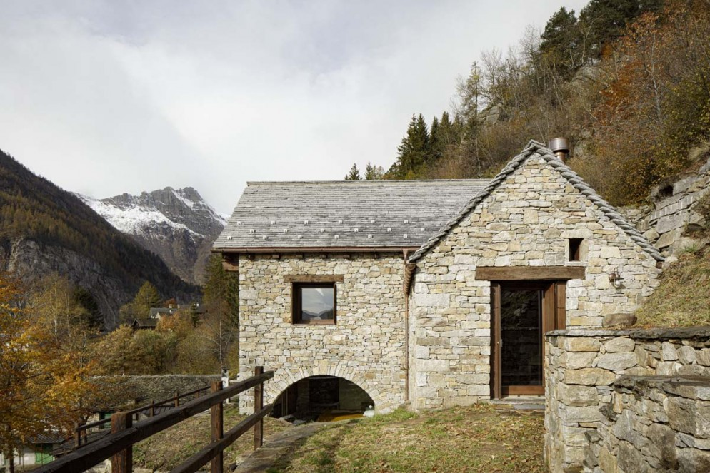 casa-montagna-ATOMAA-foto-Alberto-Strada-12
