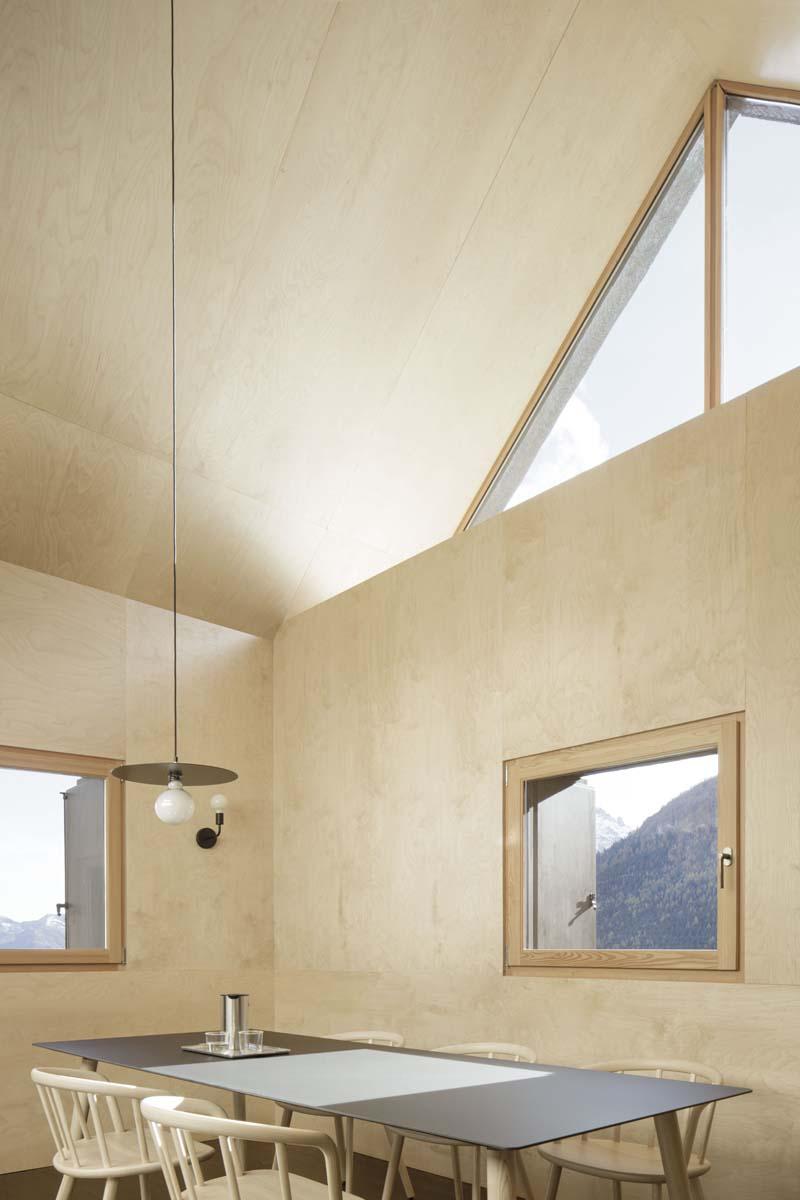 casa-montagna-ATOMAA-foto-Alberto-Strada-57