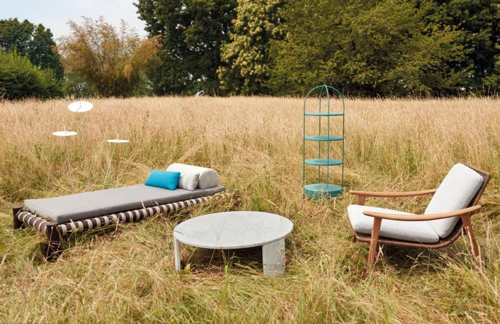 idee-per-arredare-outdoor-terrazzo-giardino-divani-lampade-sedie-poltroncine-tavoli-02