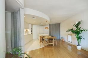Colori pastello e spazi flessibili per una casa a prova di lockdown