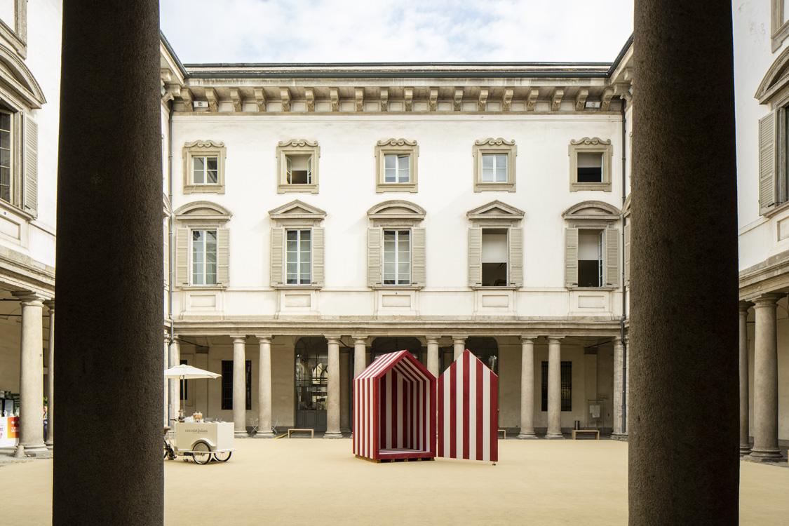 L'allestimento di Palazzo Litta porta il mare a Milano