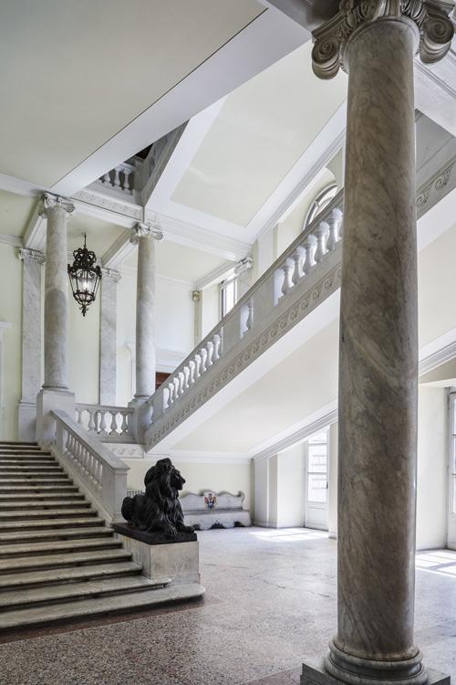 10_Palazzo Brancaccio, scala ingresso ©Serena Eller