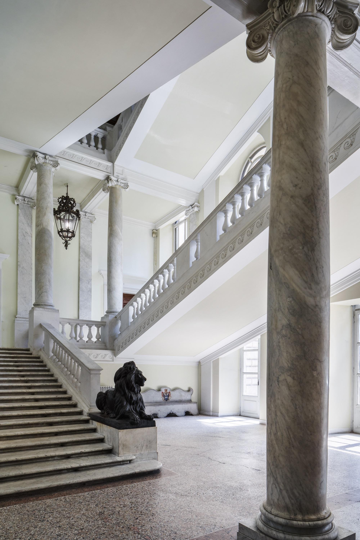 2_Contemporary Cluster_Palazzo Brancaccio, scala ingresso ©Serena Eller