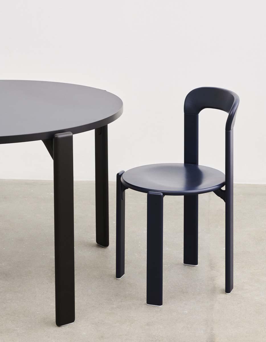 3DAYSOFDESIGN_HAY_Rey chair deep blue wb lacquer beech_Rey Dining Table vulcano laminate deep black wb lacquer beech base_33