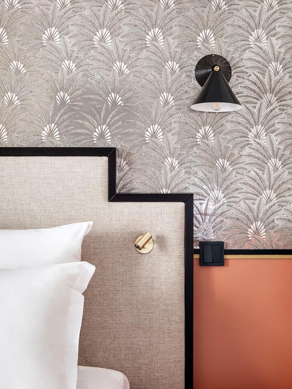 9. color-antracite-camera-letto_living-corriere
