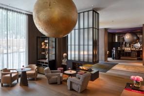 Come a teatro: il boutique hotel di Yabu Pushelberg a Londra