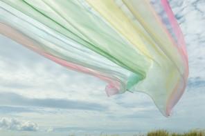 Kvadrat lancia una collezione di tessuti arcobaleno
